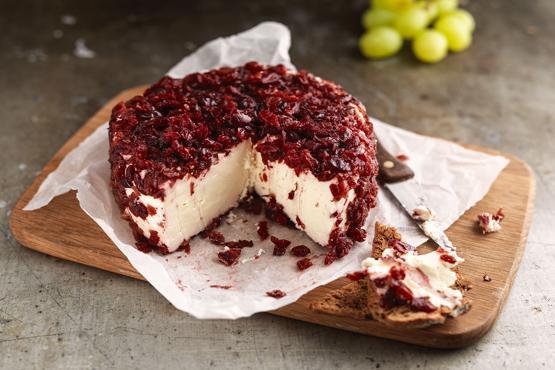 Brillat Savarin with Cranberries 500g