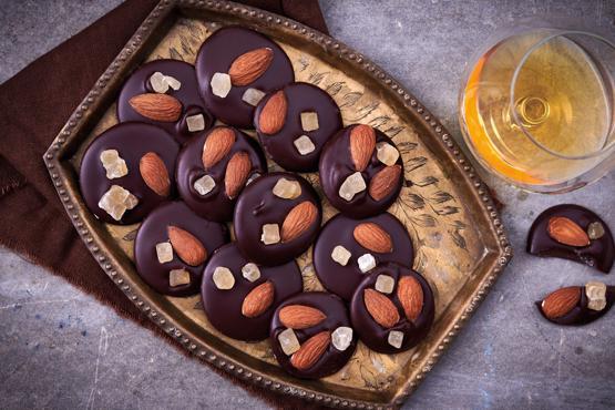Dark Chocolate, Roasted Almonds & Gi