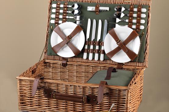 Picnic Basket for Four