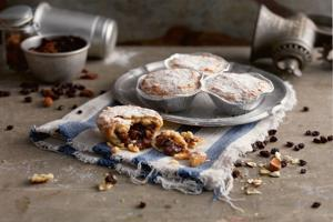 Almond Topped Luxury Mince Pies