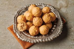 Blonde Chocolate Truffles