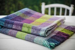 Blackcurrant Throw / Picnic Blanket