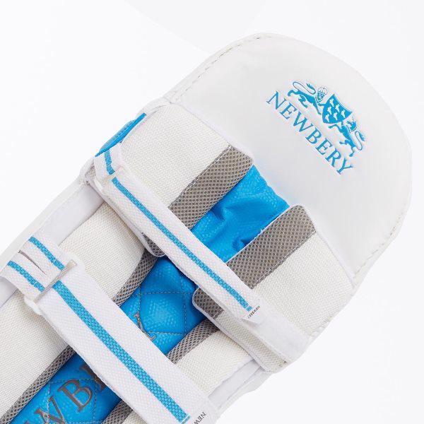 Newbery Invictus Cricket Batting Pads