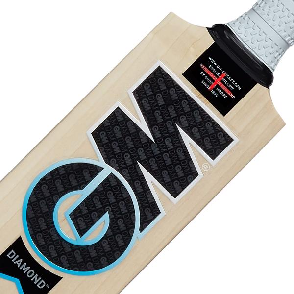 Gunn & Moore DIAMOND 909 Cricket Bat