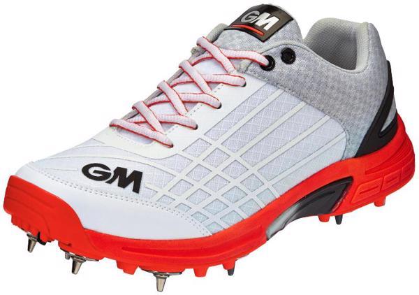 Gunn & Moore Original Spike Cricket