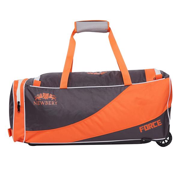 Newbery Force Cricket Wheelie Bag JUNIOR