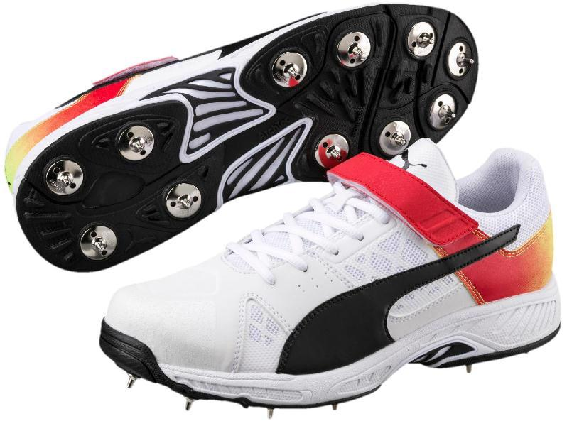 Puma evoSPEED 181 Cricket Bowling Shoe