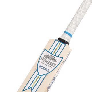 Newbery Invictus Player Cricket Bat