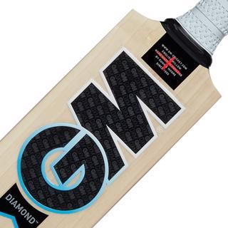 Gunn & Moore DIAMOND 404 Cricket Bat